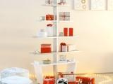 Kalėdinės lentynos – ilgalaikė puošmena