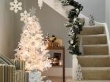 Baltas Kalėdinis interjeras