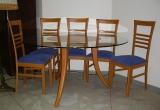 Naudotas stalas su 4 kėdėmis