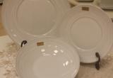Porcelianiniai lėkščių komplektai