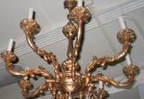 Aštuonių atšakų lubų šviestuvas