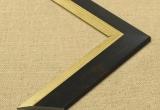 Modernus juodos spalvos plastikinis rėmas su auksinės spalvos apvadu