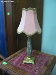 Nedidelis stalo šviestuvas
