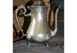 Senas sidabruotas arbatinukas