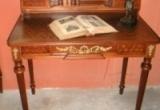 Antikvarinis darbo stalas