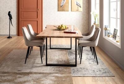 Kėdės (1)
