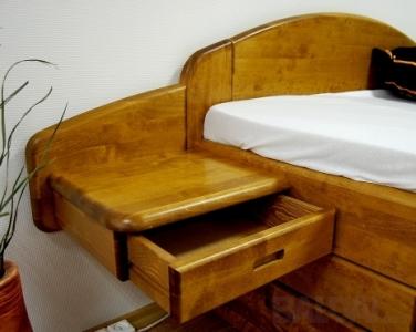 Naktinis staliukas su stalčiumi