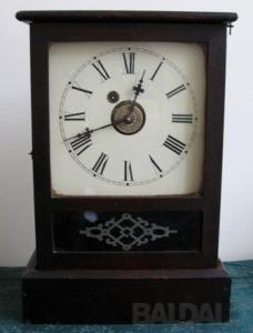 Pastatomas laikrodis 104