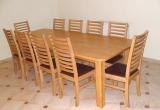Stalas ir Nova kėdės