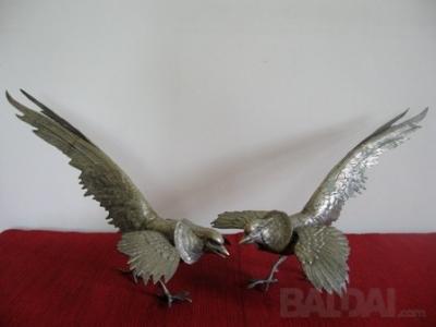 """Metalinės skulpt. """"Vanagai"""""""