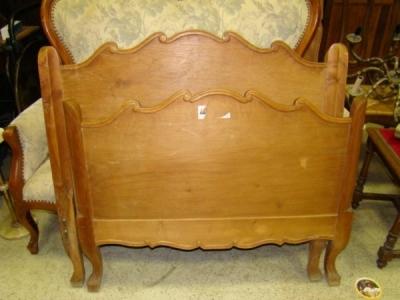 Viengulė lova LV101